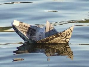 giornali galleggiano